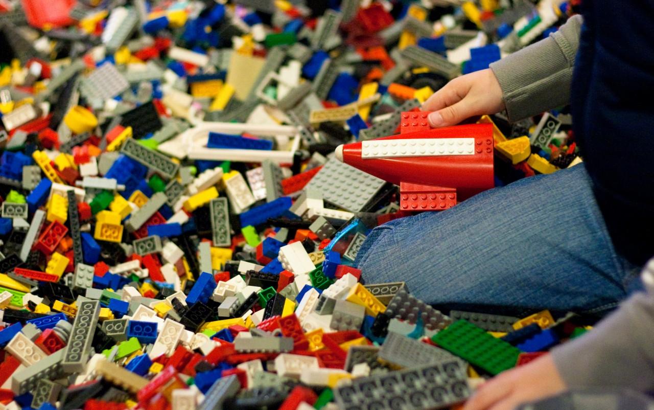 0903_lego-building